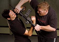 武器護身テクニック集中トレーニングクラス